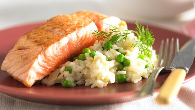 Pea and dill risotto with salmon