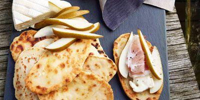 Flatbread with taleggio, prosciutto & pears