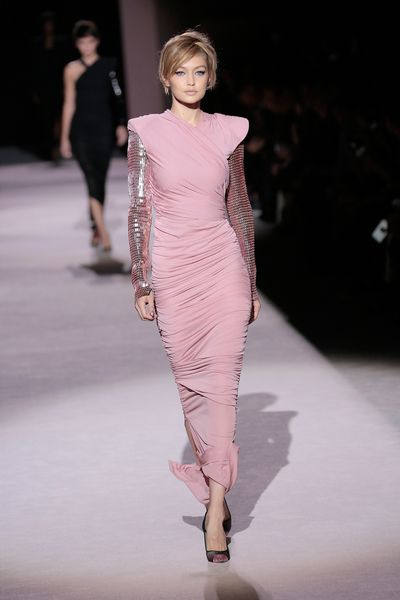 Gigi Hadid on the runway at Tom Ford, ready-to-wear, spring '18, New York Fashion Week