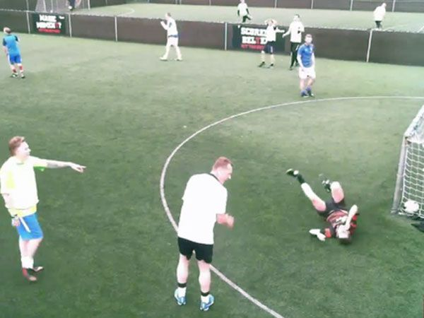 Amateur footballer's hilarious double fail