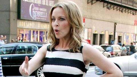Kylie Minogue in talks to become a judge on <i>The Voice UK</i>