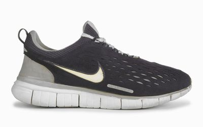 <strong>Nike Free (2002)</strong>