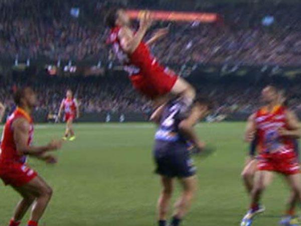 High-flying former AFL champ Russell Robertson KO's himself