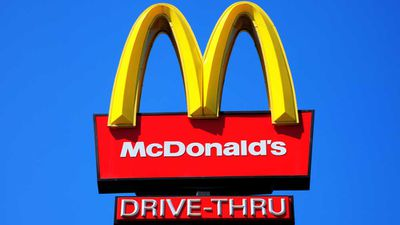 McDonald's removes artificial ingredients from burgers