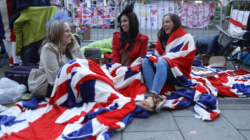 Fans get ready for the royal wedding in Windsor.