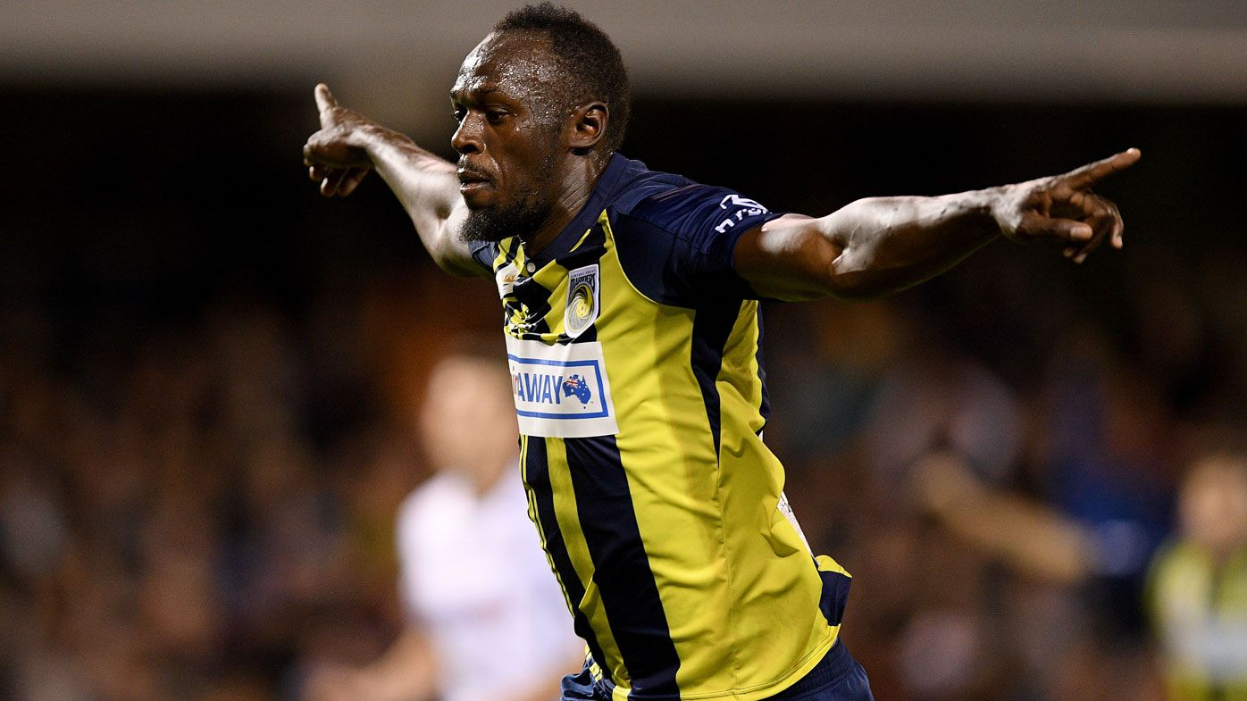 Usain Bolt scores two goals in A-League practice match