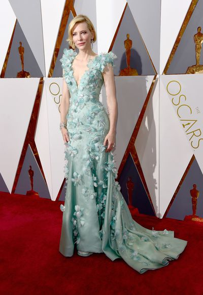 <p>Cate Blanchett in Armani Prive.</p> <p>The dress was covered in hand-sewn Swarovski crystals and feathers. </p>