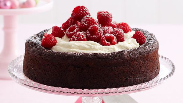 Flourless chocolate and hazelnut cake