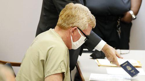 Alex Murdaugh gave up his passport during his bond hearing.