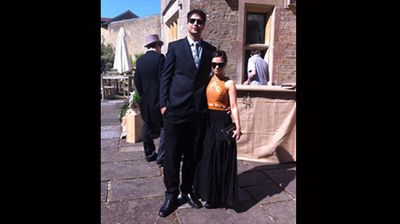 """My fiancé is 6.8 and I'm 5ft tall. I have heels on in this photo too!"" (Facebook: Mary-Louise Young)"