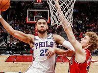WATCH: Simmons seals nail-biting victory