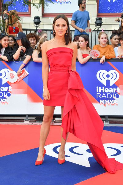 VJ Chloe Wilde in Reem Acra at the 2018 iHeartRADIO MuchMusic Video Awards in Toronto, Canada