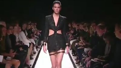 Kendall Jenner clarifies controversial comments about being selective with modelling jobs