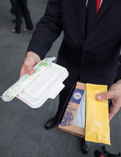 Qantas pledge to reduce waste and ditch single-use plastics