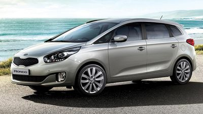 The Kia Rondo Si was rated the best value people mover under $60,000, with the Hyundai iMax 2.5 GRDi coming second, and the Fiat Freemont coming third. (Supplied)