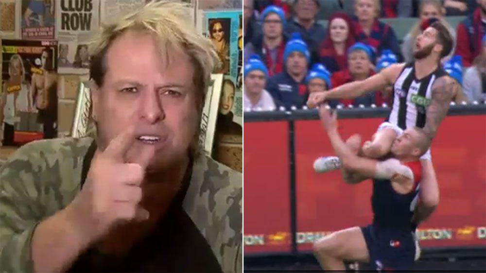 Warwick Capper reacts to Jeremy Howe's contender for mark of the year against the Demons
