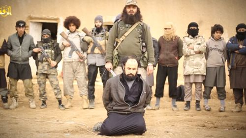 Australian terrorist Khaled Sharrouf 'appears in new ISIL beheading video'