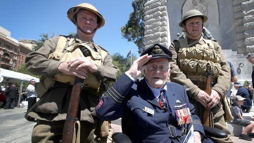 World War 2 Veteran Lyne Skinner at Remembrance Day commemorations in Adelaide.