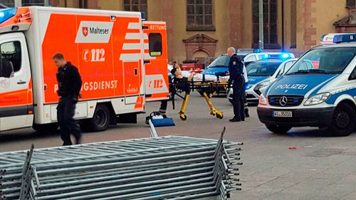 """""""Those injured in the #Messerattack are being taken to hospital."""" (Twitter/@hussedogru)"""