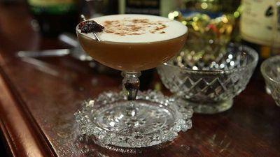 "<a href=""http://kitchen.nine.com.au/2016/05/05/16/04/sultana-swing-cocktail"" target=""_top"">Sultana swing cocktail</a>"