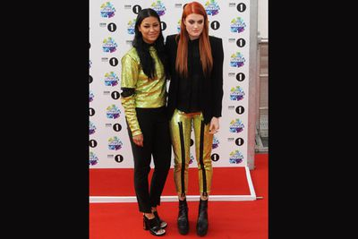 Swedish pop duo Icona Pop went matchy-matchy for the red carpet.