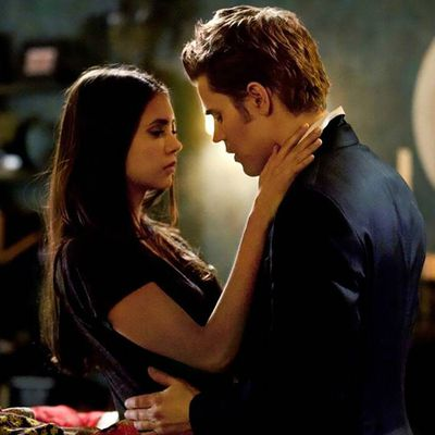 The Vampire Diaries: Nina Dobrev and Paul Wesley