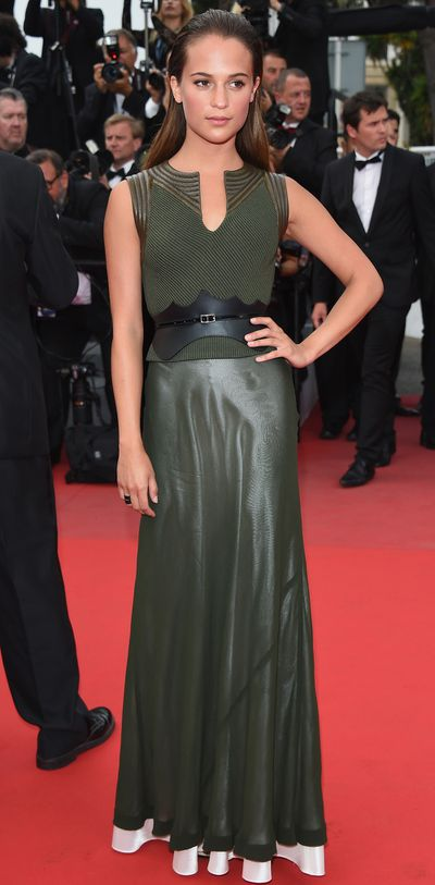 <p>Alicia Vikander in Louis Vuitton Cruise 2015</p>