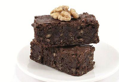 Five-minute espresso walnut brownies