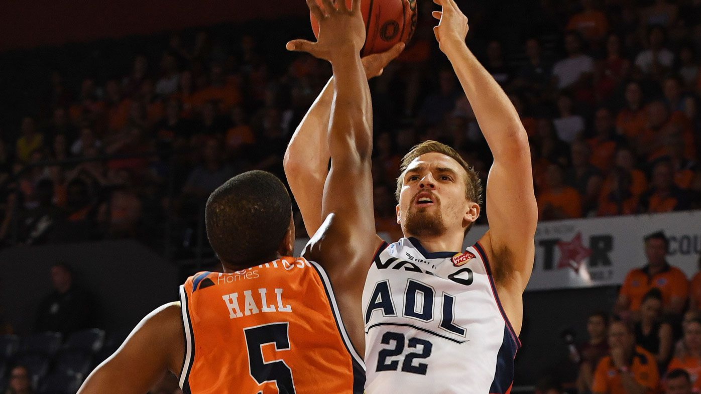 NBL: Adelaide 36ers topple Taipans 91-83 in Cairns as Sobey stars