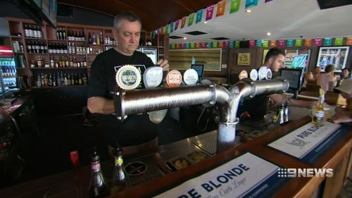 The owner of Gold Coast pub Mano's invested thousands in promoting his venue to attract locals during the Games. (9NEWS)