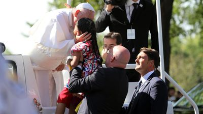 """<p>A five-year-old girl made headlines on Thursday when she stopped Pope Francis in his tracks with a heartbreaking letter pleading the US government to allow her parents to stay in the country.<br><br>The pontiff waved away security as little Sophie Cruz took it upon herself to approach the pope as he rode in a motorcade through Washington DC today.<br><br>After initially being stopped by guards, the Californian girl was carried to the popemobile on Francis' request to share the story of her Mexican parents, who face deportation.<br><br>Her letter called on the pope to ask US president Barack Obama to push through his immigration reforms which would offer protection to immigrants.</p><p>""""I want to tell you that my heart is sad,"""" the letter read.<br><br>""""I would like you to ask you to speak with the president and the Congress in legalising my parents because every day I am scared that one day they will take them away from me.""""</p>"""