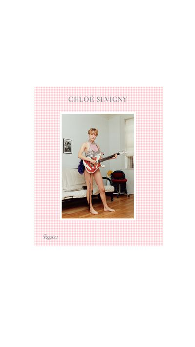 With a foreword by Kim Gordon, this is an inward look at Sevigny's unashamedly unique style, documented through the actress's polaroids, film stills, campaigns and editorials.