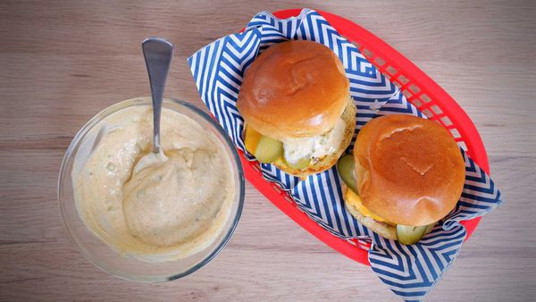 9Honey Quarantine Kitchen: Ultimate cheeseburger blow out.