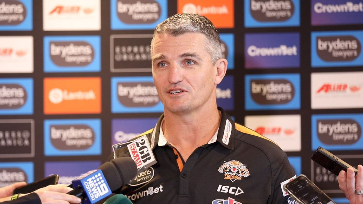Ivan Cleary vows to honour Wests Tigers' NRL contract amid Penrith Panthers speculation