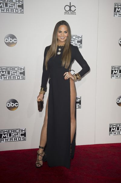 <p>Failed to chart</p> <p>This skyrocketing thigh split on Chrissy Teigen could be tacky but her down-home style brings it home. That is until there's a gust of wind. No one should be able to see your vagina on the red carpet. Ever.</p>