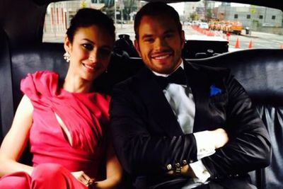 @kellanlutz: In the limo on the way to the #Oscars with @olyakurylenko @redcarpetgreend