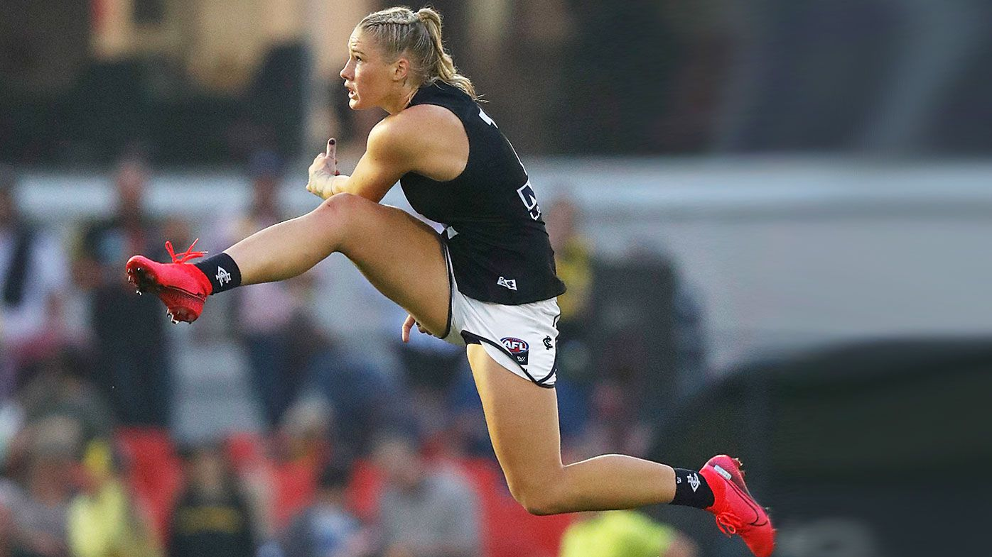 Tayla Harris of the Blues kicks the ball during the 2020 AFLW Round 01 match