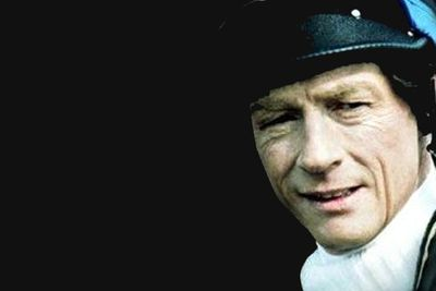 Jockey Bob Champion (John Hurt) is diagnosed with testicular cancer in 1979. After surgery and chemotherapy, Champion recovers to win the 1981 Grand National steeplechase on his horse, Aldaniti.