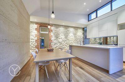 "<a href=""http://www.realestate.com.au/property-house-wa-fremantle-124299522"" target=""_blank"">80 Hampton Road, Fremantle, Perth</a>"
