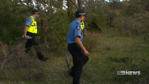 Police are now scouring bushland in Pinaroo.