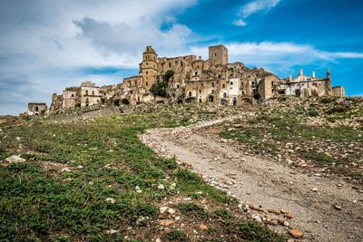 <strong>Craco, Italy</strong><br />