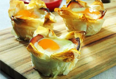 "7. Recipe:&nbsp;<a href=""http://kitchen.nine.com.au/2016/05/05/14/40/egg-and-bacon-pies"" target=""_top"">Egg and bacon pies</a>"