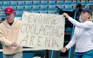 Ex-tennis star Martina Navratilova calls for Margaret Court Arena to be renamed amid homophobia anger