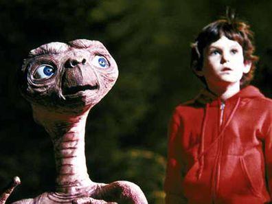 E.T. and Elliot reunite, short film