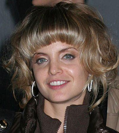 That's not a hairdo, that's a hairdon't!