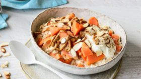 Papaya and almond porridge