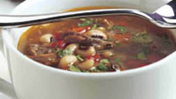 Lamb and black-eye bean soup