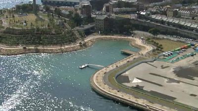 The park opens up the foreshore between Walsh Bay and the Anzac Bridge. (9NEWS)