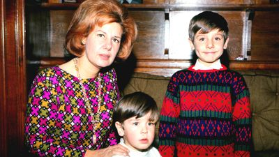A young family - the Duchess pictured with her sons Cayetano and Fernando at the Palacio de Liria in Madrid in 1966. (Getty)