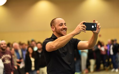 Kevin Hines' story and will to live and stay mentally well has inspired people worldwide. (kevinhinesstory.com)